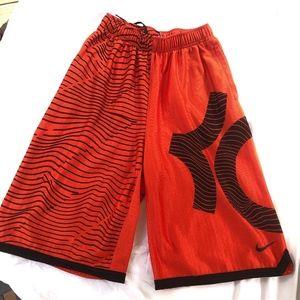 Nike Dri-fit Boys (XL) athletic shorts